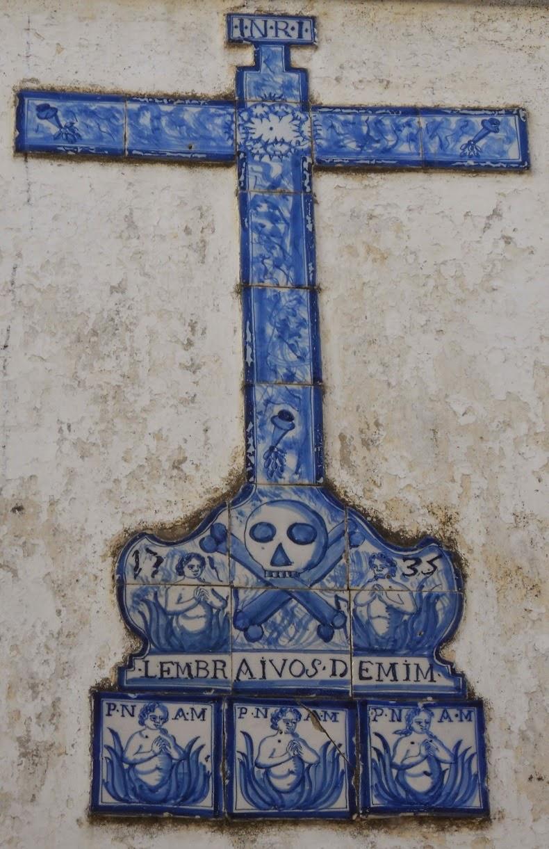 Alminhas do Purgatório numa rua de Castelo Branco
