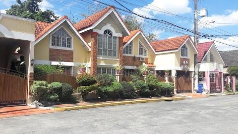 Living in La Mediterranea: a small village in Cavite