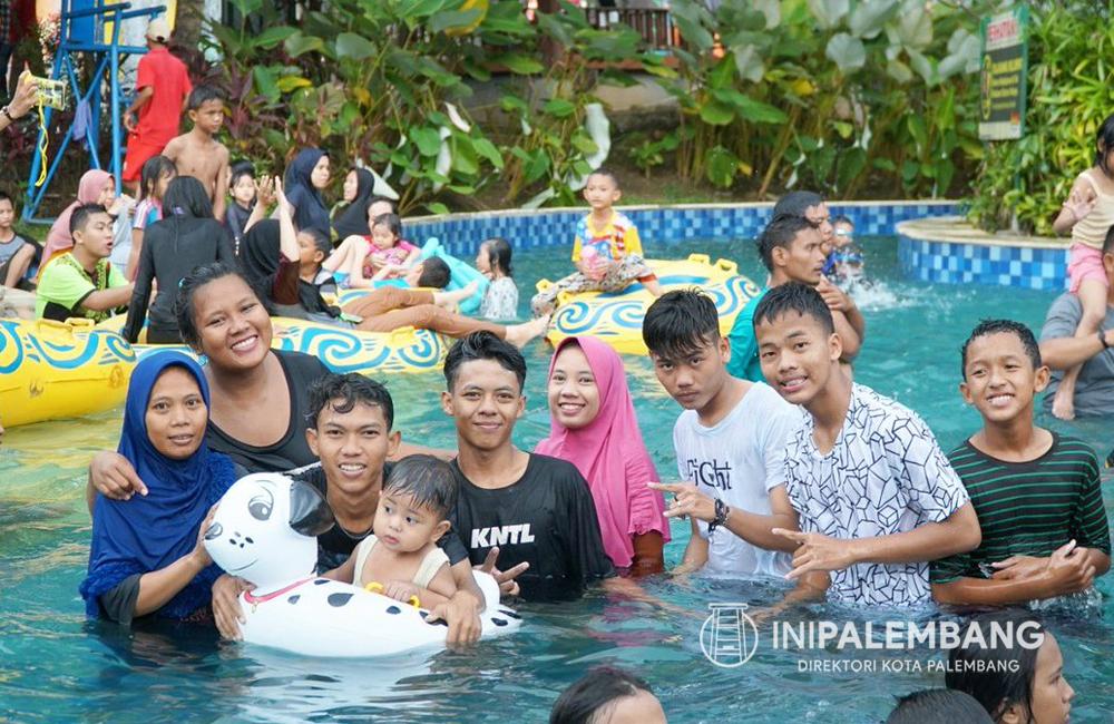 Liburan Ke Amazing Waterpark Palembang
