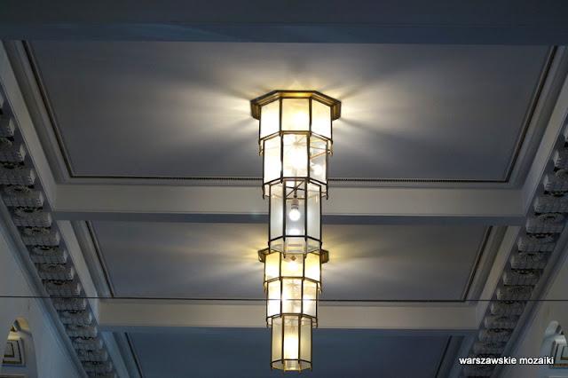 Warszawa Warsaw Nowogrodzka Państwowy Bank Rolny monumentalizm Marian Lalewicz architektura architecture oświetlenie lampa
