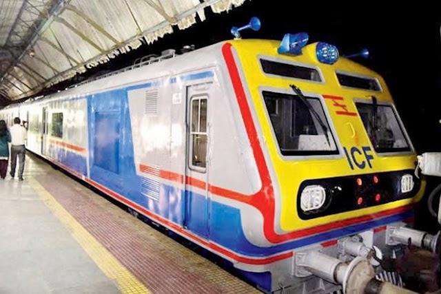 Breaking News : अगले वर्ष से उत्तर भारत में भी चलेंगी एसी लोकल ट्रेनें पूरी खबर जरूर पढ़ें.