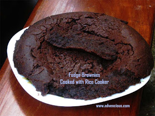 Fudge Brownies cooked with Rice Cooker