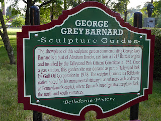 Sculpture garden sign