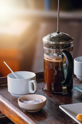 Czajniczek do kawy - sposób na idealną kawę