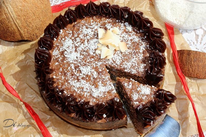 Czekoladowo-kokosowy torcik z perełek tapioki (bezglutenowy i wegański)