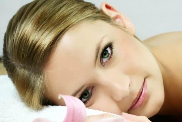 7 Alasan Wanita Harus Merasa Dirinya Cantik