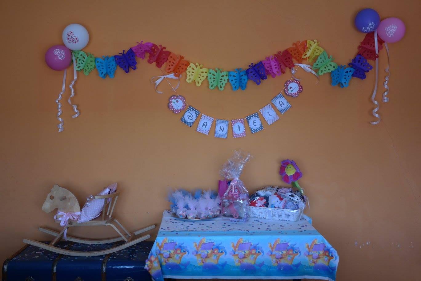 De orugas y mariposas su primer cumplea os ideas de - Decoracion primer cumpleanos ...