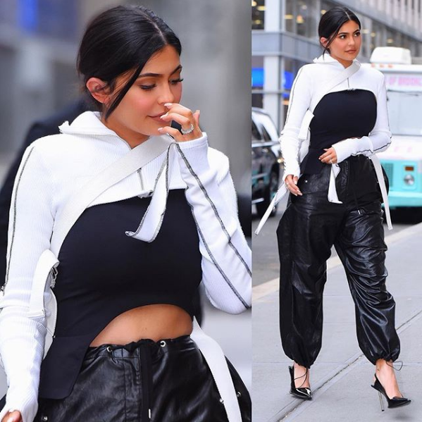 Luxury Makeup Kylie Jenner Stuns In a Withe and Black Outfit That Give Off Major NYC Vibe , Arriving at Nobu in NYC