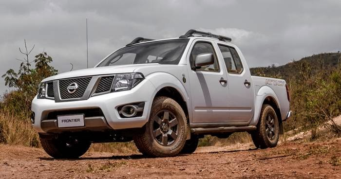 auto reviews 2015 nissan frontier redesign engine release date. Black Bedroom Furniture Sets. Home Design Ideas
