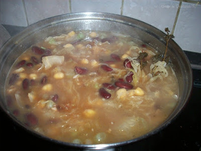 Chickpeas, cabbage, bacon thick soup-gluten-free recipe by Cristina G.