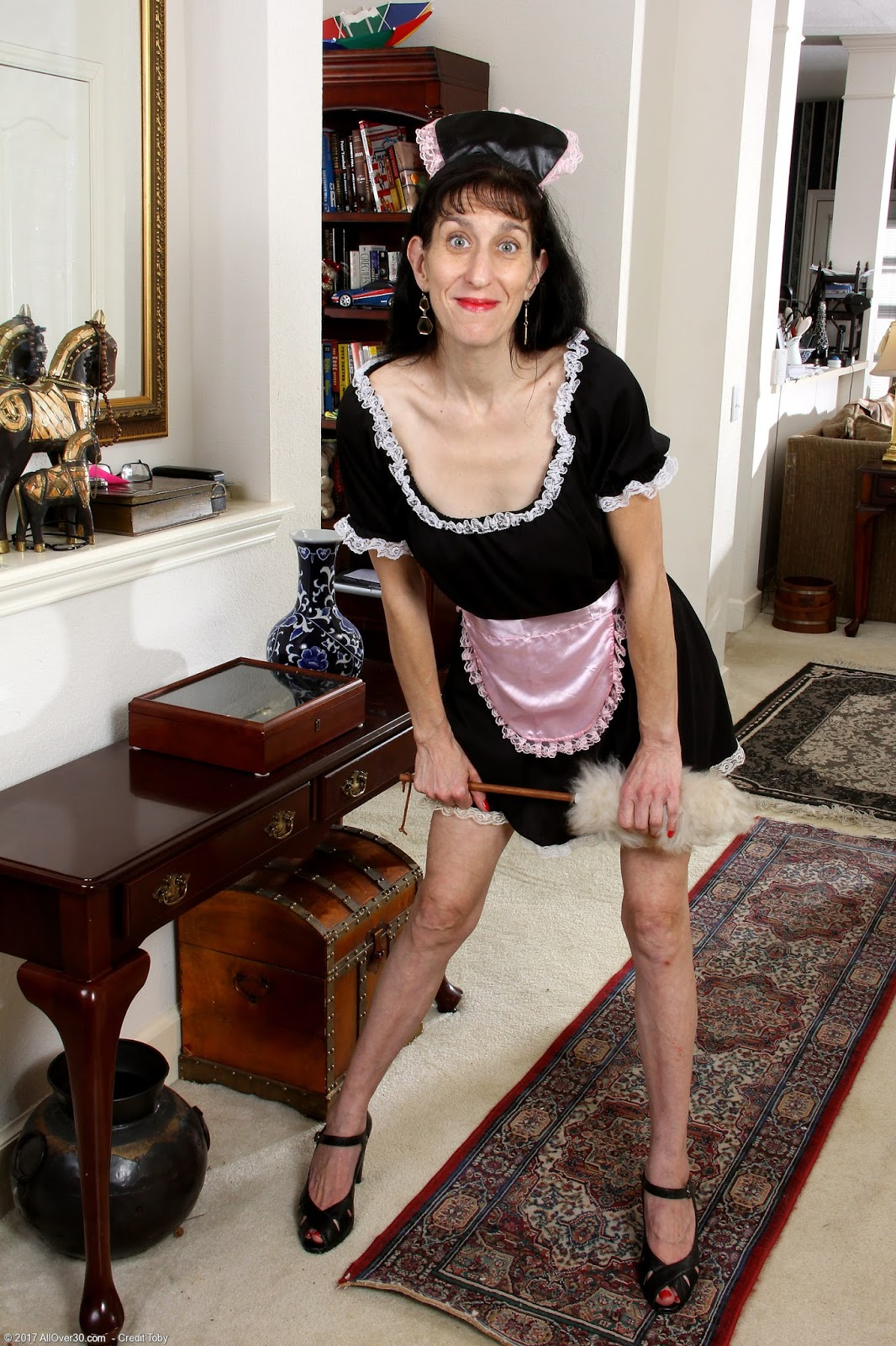 A french mature martine gangbanged outdoor - 4 6