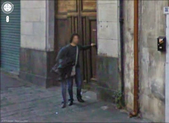 Penampakan Misterius Yang Ditangkap Google Street View