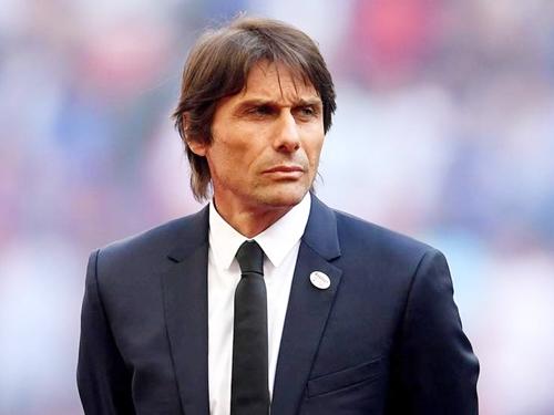Lý do HLV Conte chưa ký hợp đồng với Real