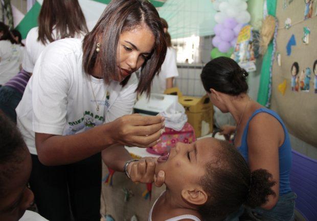 Mais de 544 mil devem ser imunizados contra pólio e sarampo em PE