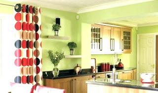 красный и зелёный в кухне
