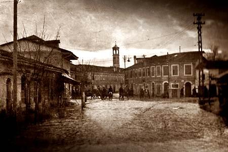 Kur bie shi në Shkodër, Pëmbyjtje në Shkodër