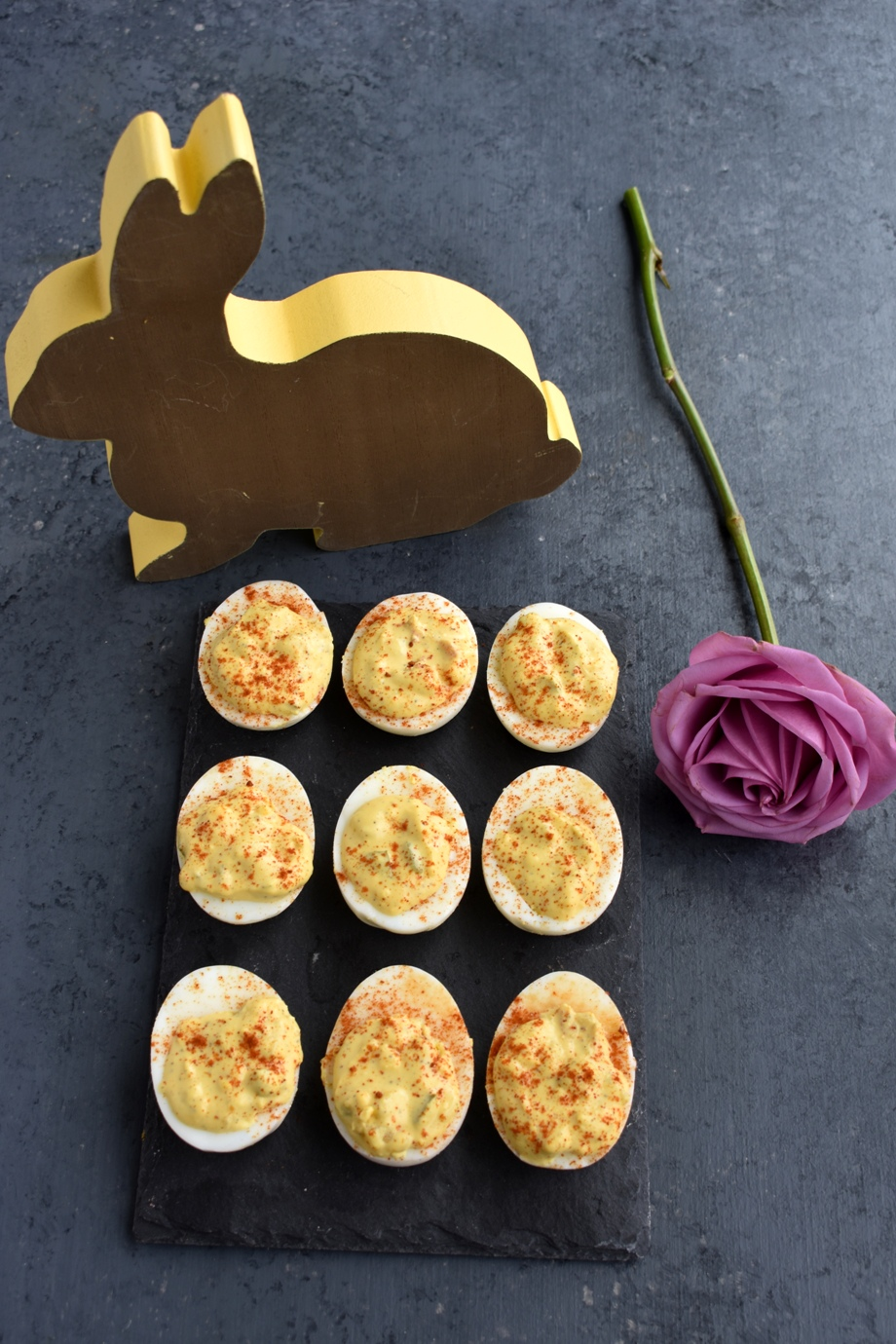 Healthy Easter Deviled Eggs
