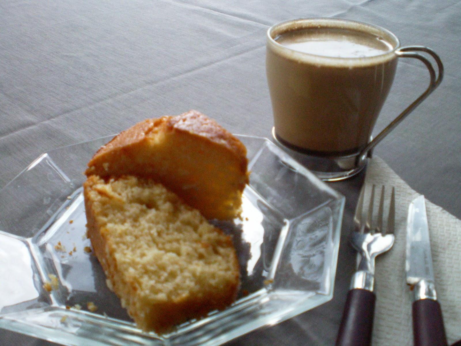 Erikli kek - aile çayı içmeye tatlı