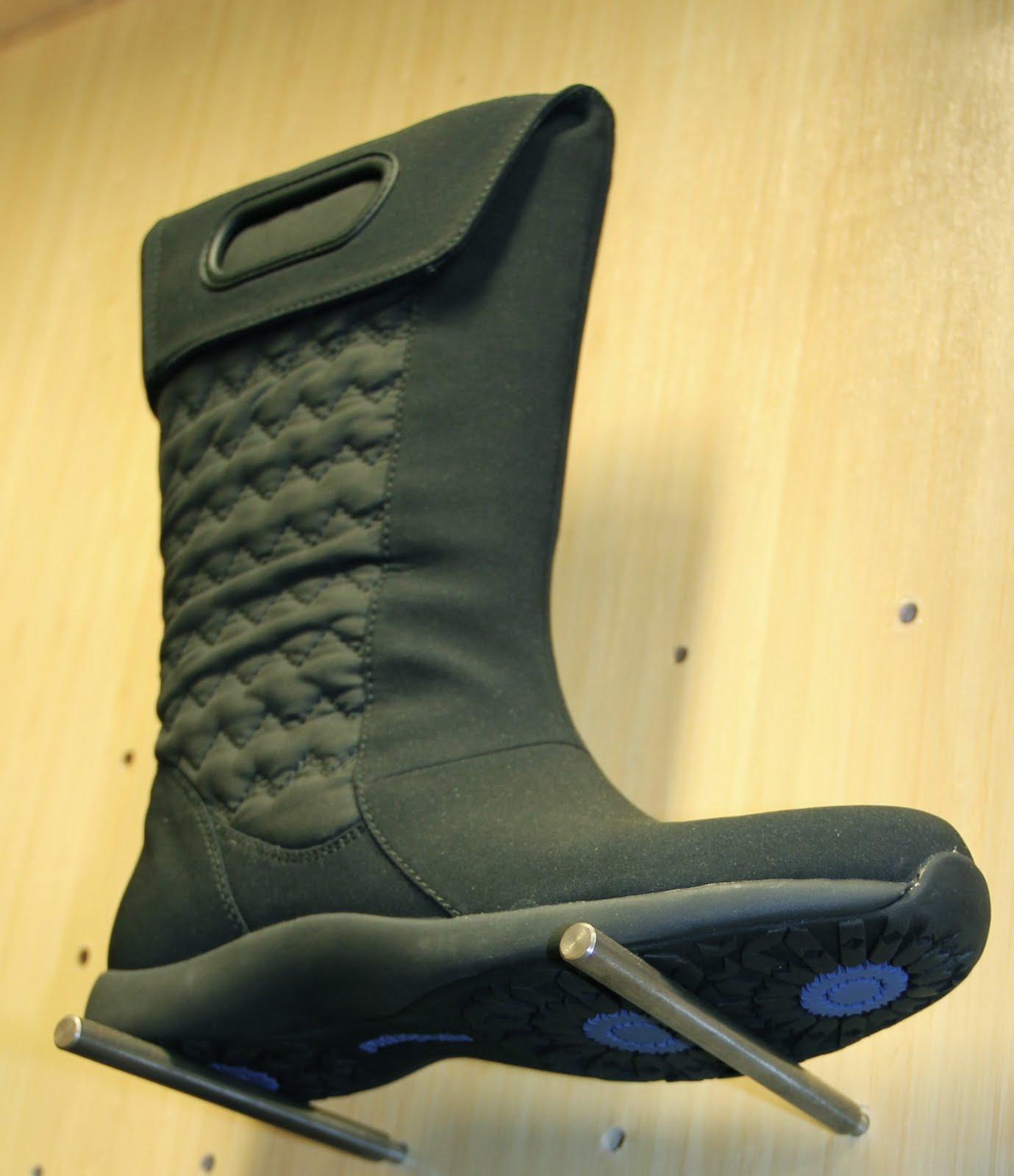 Recycled Nylon Footwear 31
