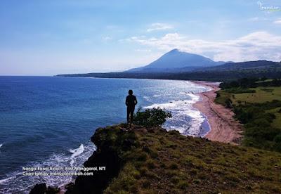 Pantai Nanga Rawa Manggarai Timur