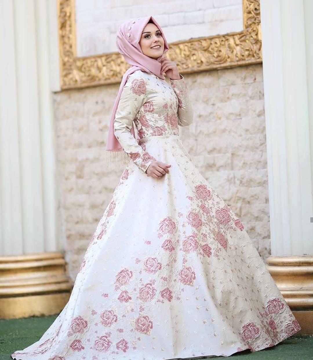 Desain Baju Pesta Muslim Brokat   Gejorasain
