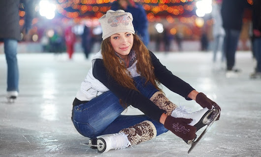 Public Skate with Skate Rental for Two or Four at Leafs Ice Centre