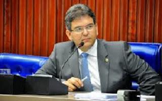 Novo prefeito de Cuité promete cortar gastos e enxugar a máquina administrativa