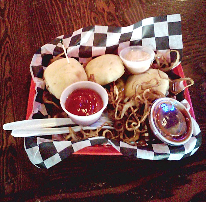 The Battle of the Downtown Memphis Sliders, Part 4