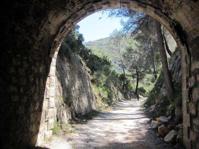 Racó del Duc. Tunel o mina d'Onofre