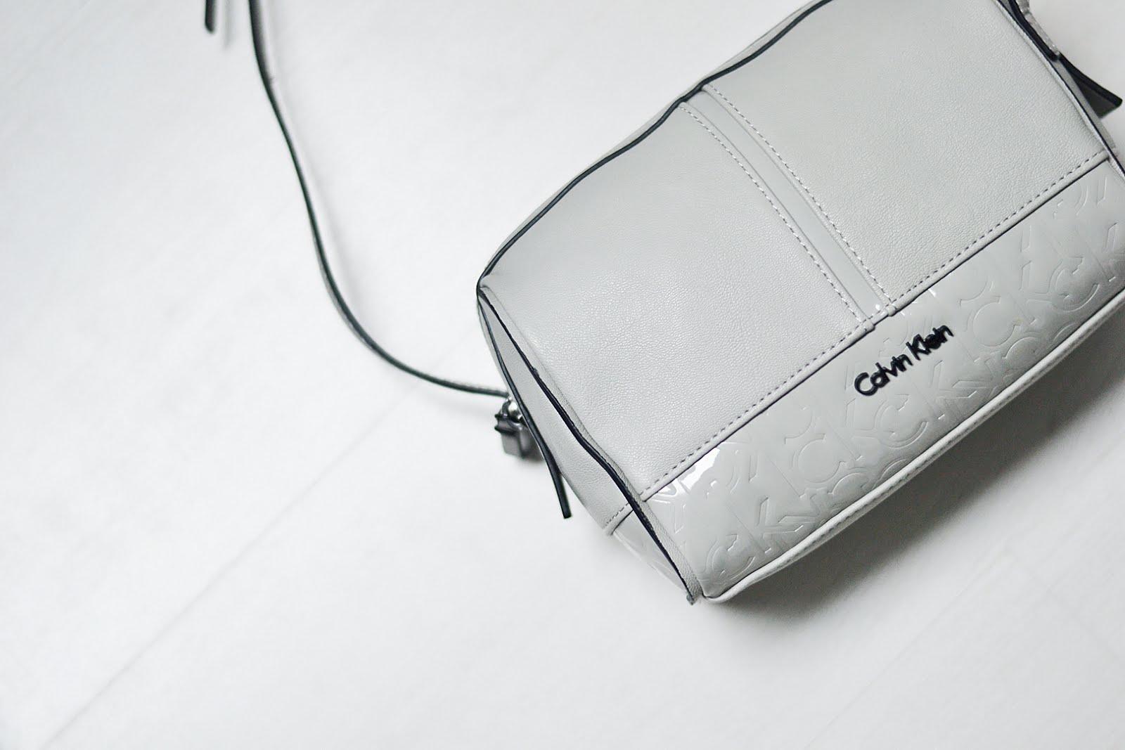 Calvin Klein bag, small, grey, basic, minimalistic, maasmechelen village, sjiek shopping days, belgian blogger