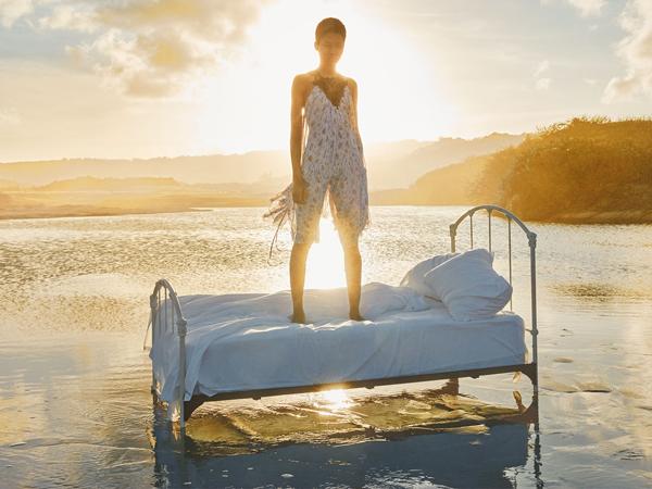 vestido estampado de Zara primavera verano 2016
