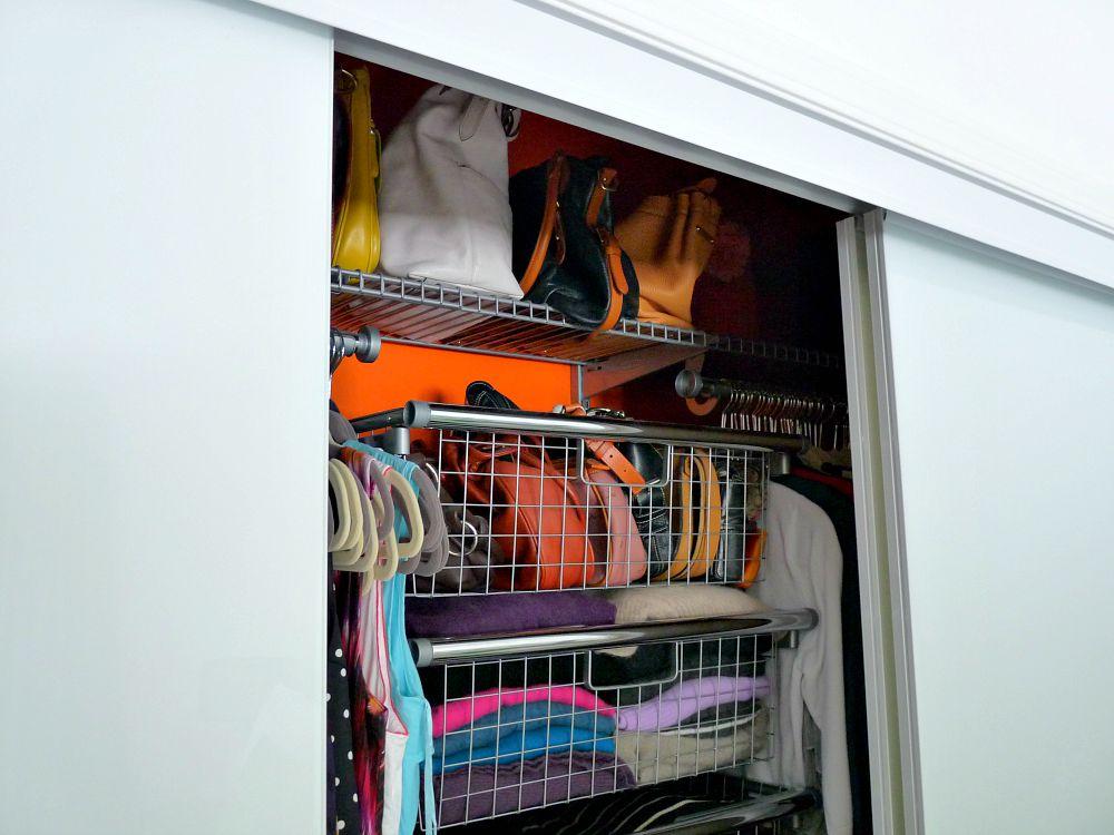 Triple sliding closet door
