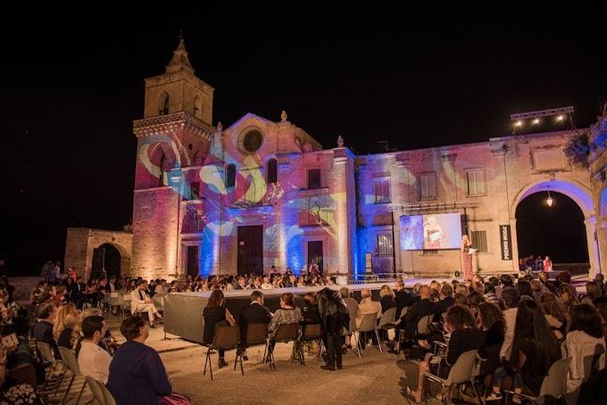 Matera, ''Premio Moda - Città dei Sassi'': al via il concorso internazionale per stilisti