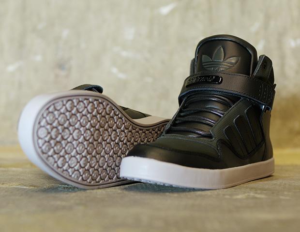c364b756df4b EffortlesslyFly.com - Online Footwear Platform for the Culture ...