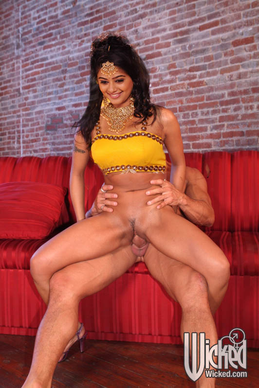 Priyamani Riding Dick