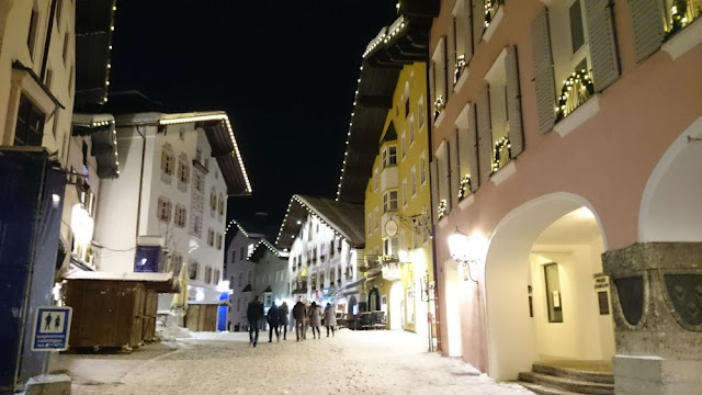 Abendspaziergang in Kitzbühel - Innenstadt