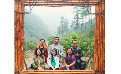 Bandung Selatan yang sarat akan potensi wisata seperti Situ Cileunca, Gunung Puntang, Perkebunan teh Malabar, dan Rumah Makan Sindang Reret bisa menjadi tujuan wisata saat liburan.