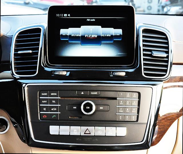 Mercedes GLS 350 d 4MATIC sử dụng Hệ thống điều hòa tự động đa vùng