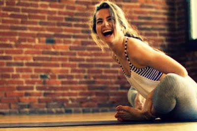 йога на смеха в южен парк в софия