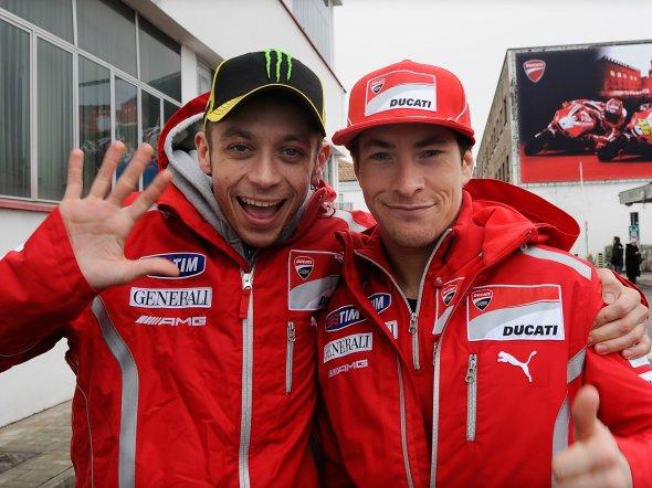Nicky Hayden : Kalau Taruhan, Saya Pegang Rossi