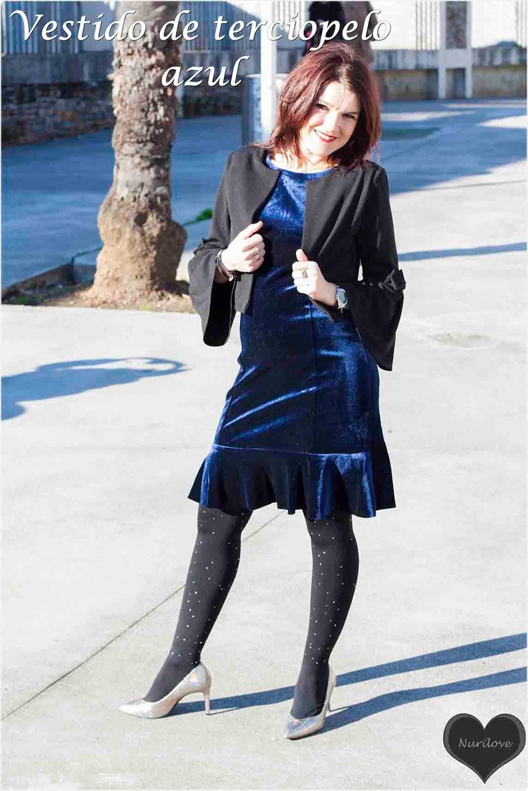 Vestido de terciopelo azul