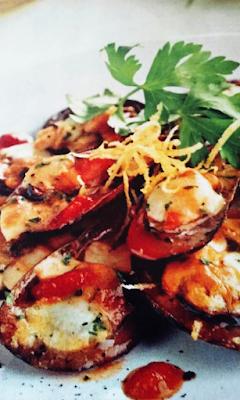 Mejillones al horno con mozzarella y tomate