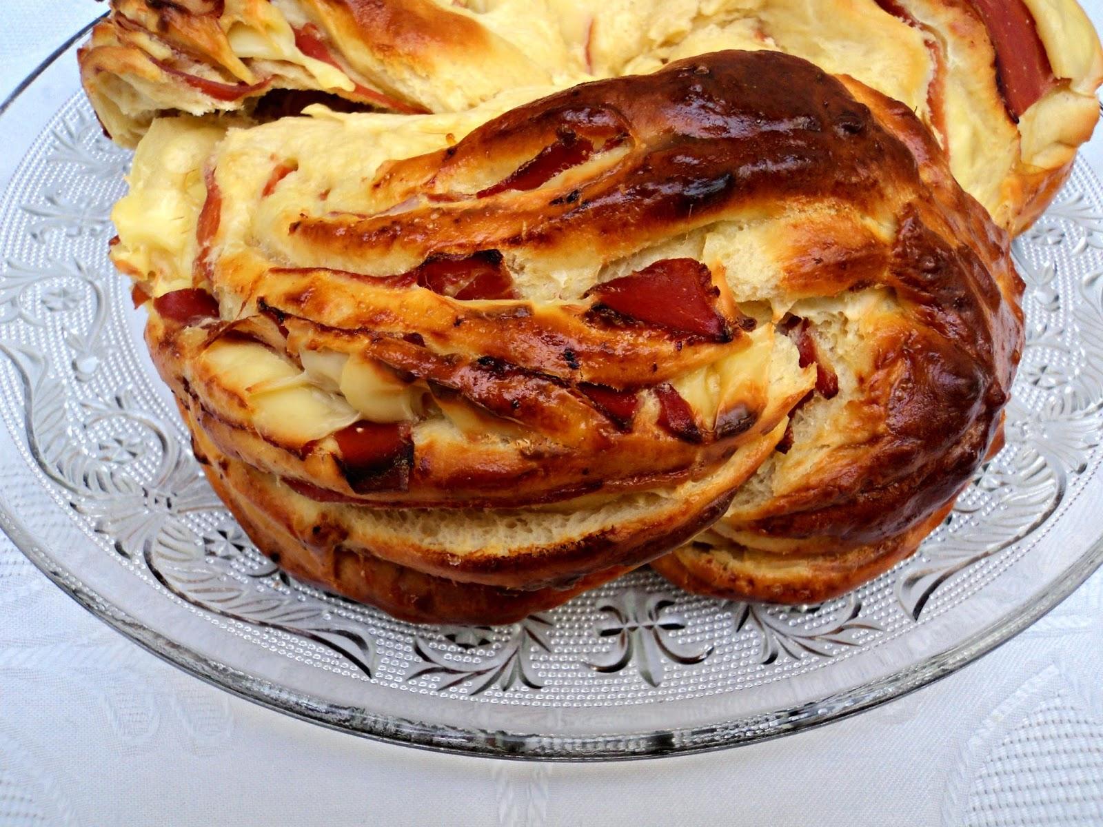 kringle-jamon-serrano-queso-formada