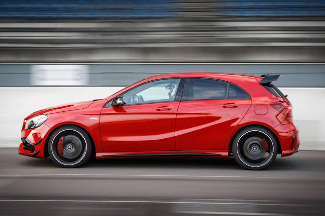 Mâm xe Mercedes AMG A45 4MATIC 2017 thiết kế thể thao AMG 18-inch