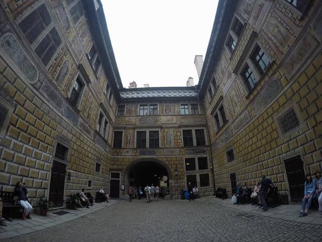 patios castillo de cesky krumlov