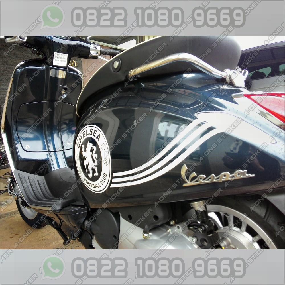 Contoh gambar cutting sticker motor vespa lx 150