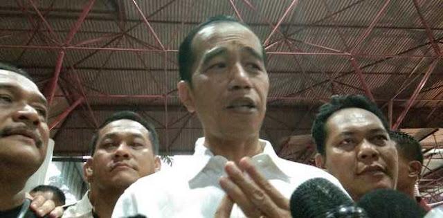 Mahasiswa: Lebih Baik Mengorbankan Jokowi..