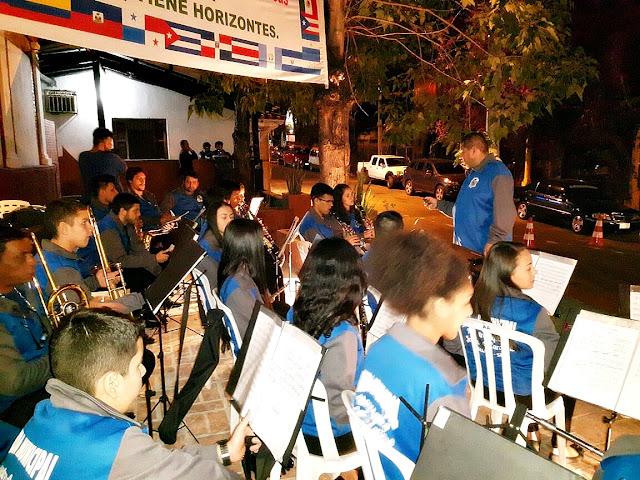 Apresentação da banda iguapense no Paraguai