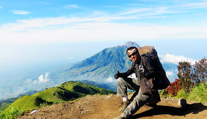 Background Merapi di Trianggulasi