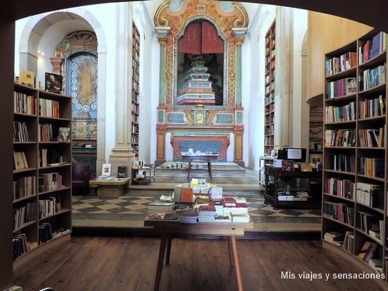 Librería de la iglesia de Santiago, Óbidos, Portugal